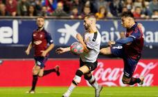 Osasuna remonta ante un diezmado Valencia