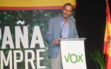 Ortega Smith asegura en Marbella que España está en peligro por los inmigrantes y los independentistas