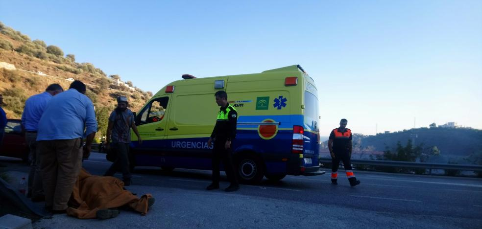 Seriously injured after falling and hitting his head with a stone when he was stifling a fire in Torrox