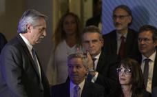 Macri se despide de la presidencia con un intento final de maquillar su fracaso