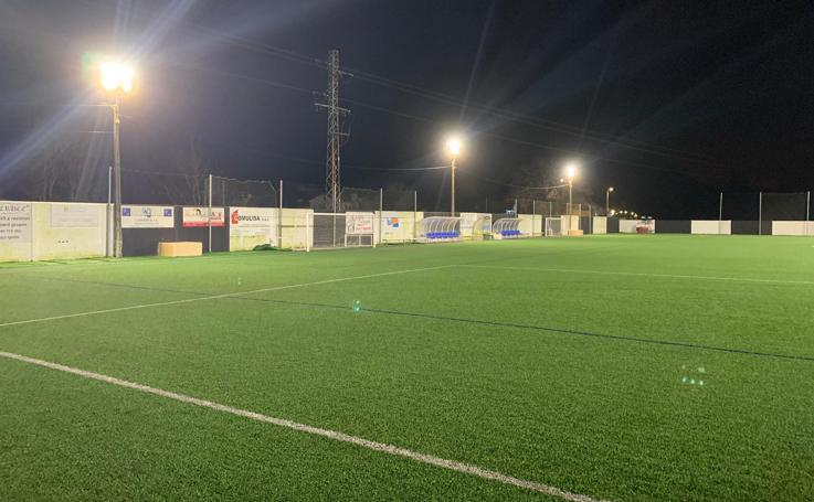Así es el campo del Escobedo, donde jugará el Málaga en Copa