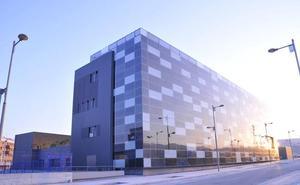 Una asociación de Alhaurín de la Torre dona más de 6.000 euros a la investigación del cáncer infantil