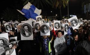 Apoyo a Víctor y enésima condena a Al-Thani en La Rosaleda