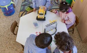 La Junta compensará a las familias por la subida del precio de la plaza de guarderías infantiles