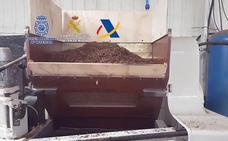 Desarticulada en Sedella una organización dedicada a la fabricación clandestina de cajetillas de tabaco de reconocidas marcas
