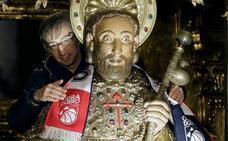 El apóstol Santiago se queda sin abrazos en Compostela a consecuencia del coronavirus