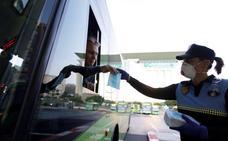 El Gobierno obliga a llevar mascarillas en transporte público a partir del lunes
