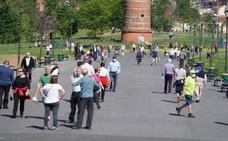 Sanidad permitirá reuniones de hasta diez personas en la fase 1 y las reformas domésticas a partir del lunes