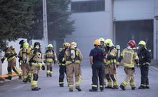 Controlado el incendio de la fábrica de cloro de Sabiñánigo