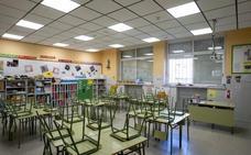 La Junta confirma que los alumnos andaluces no volverán a las aulas este curso