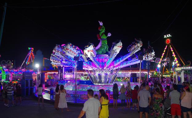 Zona de las atracciones en la Feria de Málaga del pasado año./SUR