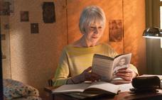 Helen Mirren acerca la historia de Ana Frank a los jóvenes