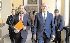 El alcalde de Málaga habla con Cassá y le ofrece la posibilidad de integrarse en el gobierno