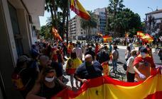 Concentración en Málaga en apoyo a la Guardia Civil