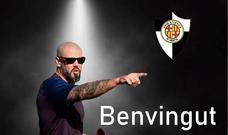 Víctor Valdés resguarda su leyenda en un banquillo de Tercera