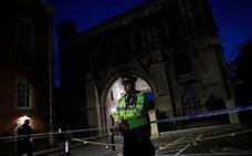 El asesino de Reading tenía antecedentes por agresión y habría llamado la atención del MI5