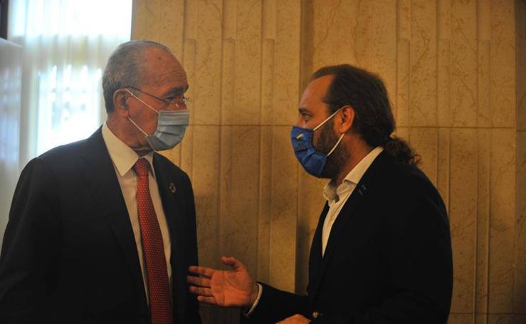 Solidaridad con Juan Cassá en el pleno del Ayuntamiento de Málaga