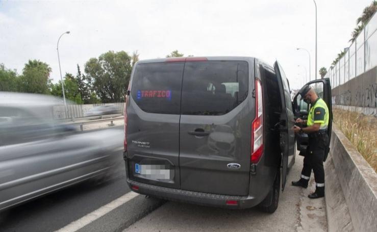 La furgoneta de Tráfico que caza infracciones graves en Málaga