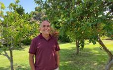 Iñaki Hormaza: «No siempre el mejor expediente va a ser un buen científico, hay que tener ganas de aprender»
