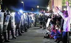 La muerte a tiros de dos manifestantes lleva al límite la tensión en Kenosha