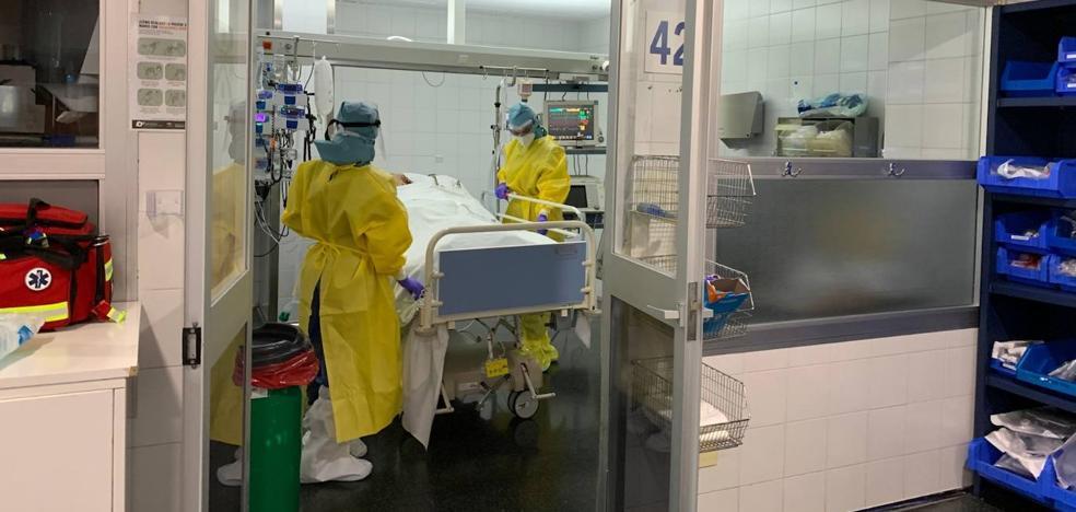 Nueva jornada negra de coronavirus en Málaga con nueve muertes que elevan a 52 los decesos este mes 1