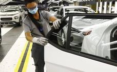 PSA alerta de que la caída del mercado puede llevar a la pérdida de modelos en las fábricas españolas