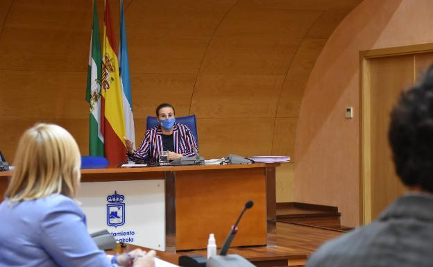 El pleno aprobó ayer la ordenanza sin ningún voto en contra de los grupos políticos/SUR