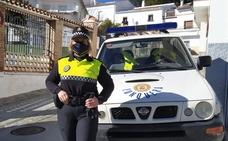 Mercedes Navarrete, pionera en la Policía Local de Yunquera