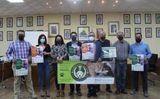 Organizan una ruta senderista con mascotas en Periana para recaudar fondos para una protectora