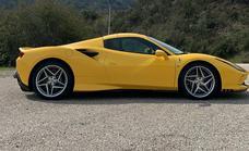 Nos subimos al portentoso Ferrari F8 Spider: un cavallino difícil de domar