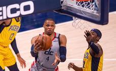 Westbrook se abona a los triples dobles