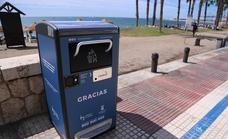 Málaga instala papeleras inteligentes que compactan los residuos con energía solar