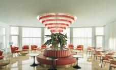 El Hotel Pez Espada de Torremolinos reabre sus puertas con un diseño de interiores basado en los años 60
