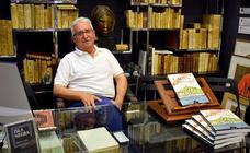 El libro que explica el milagro de las sierras de Málaga