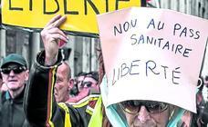 El Constitucional francés respalda la exigencia del certificado covid