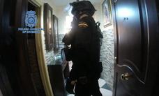 Detienen a dos personas al desactivar un punto de venta de droga en Las Albarizas