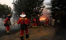 El fuego obliga a desalojar seis pueblos de Ávila y Castellón