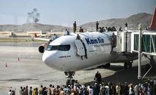 EE UU investiga el hallazgo de restos humanos en aviones procedentes de Kabul