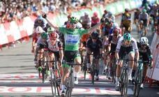 Jakobsen se lleva su tercera victoria en la Vuelta