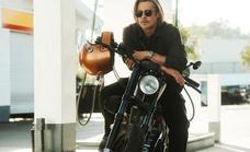 Brad Pitt y la moto más cara del mundo