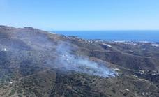 Controlado un incendio forestal en el paraje Río Seco, en Arenas