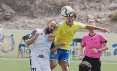 Una mala segunda parte condena al Vélez en Las Palmas