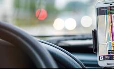 Te pueden multar por usar el GPS del móvil, según la DGT