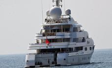 'The Crown' lleva la costa francesa a Puerto Banús