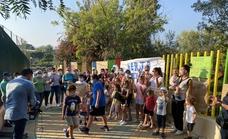 Protesta vecinal por el «pésimo estado» de los parques infantiles en Nerja