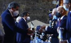 El jefe de fotografía de SUR, Salvador Salas, galardonado por la Policía Nacional