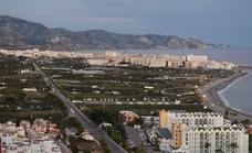 Nerja renuncia a los convenios urbanísticos para impulsar el paseo marítimo de El Playazo, que se hará por expropiación
