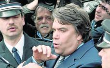 Muere el polémico empresario y político francés Bernard Tapie