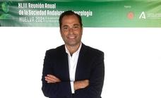 El jefe de neurología de Quirónsalud Málaga, Jesús Romero Imbroda, presidente de los neurólogos andaluces