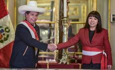 Castillo conforma en Perú un Gobierno más moderado